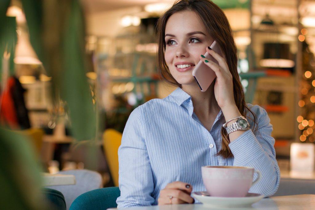 business woman-communications-Answering365