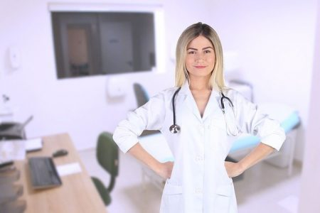 doctor-medical-office-answering-service-Answering365